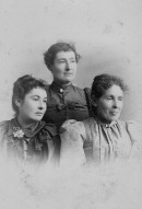 Alza Stanley & sisters (mother of Paul)